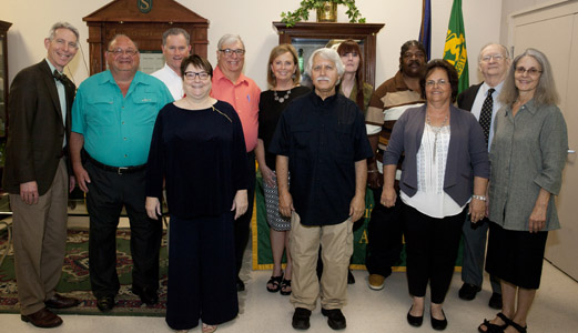 Southeastern honors retirees