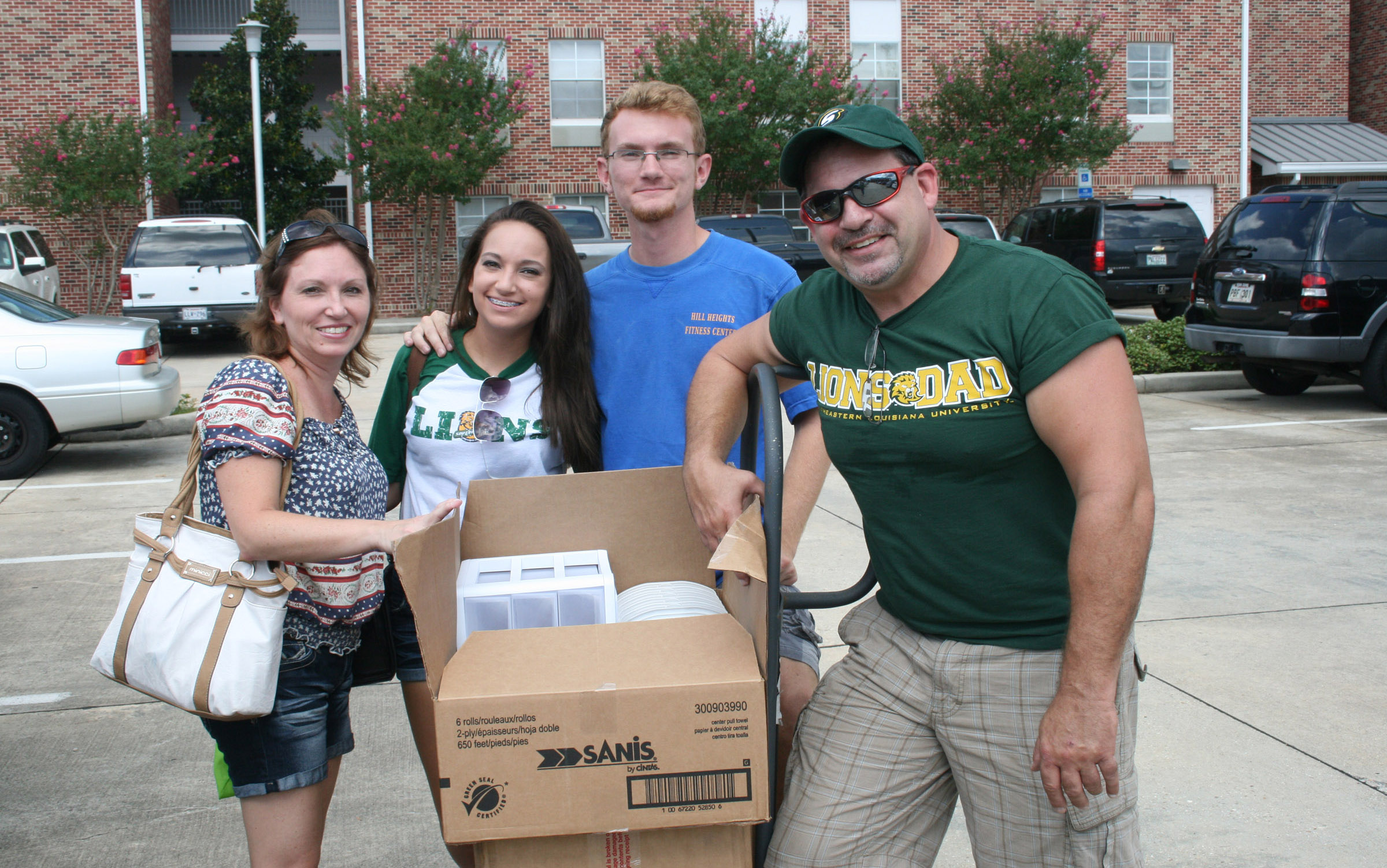 Student takes a break during Move-In-Mania