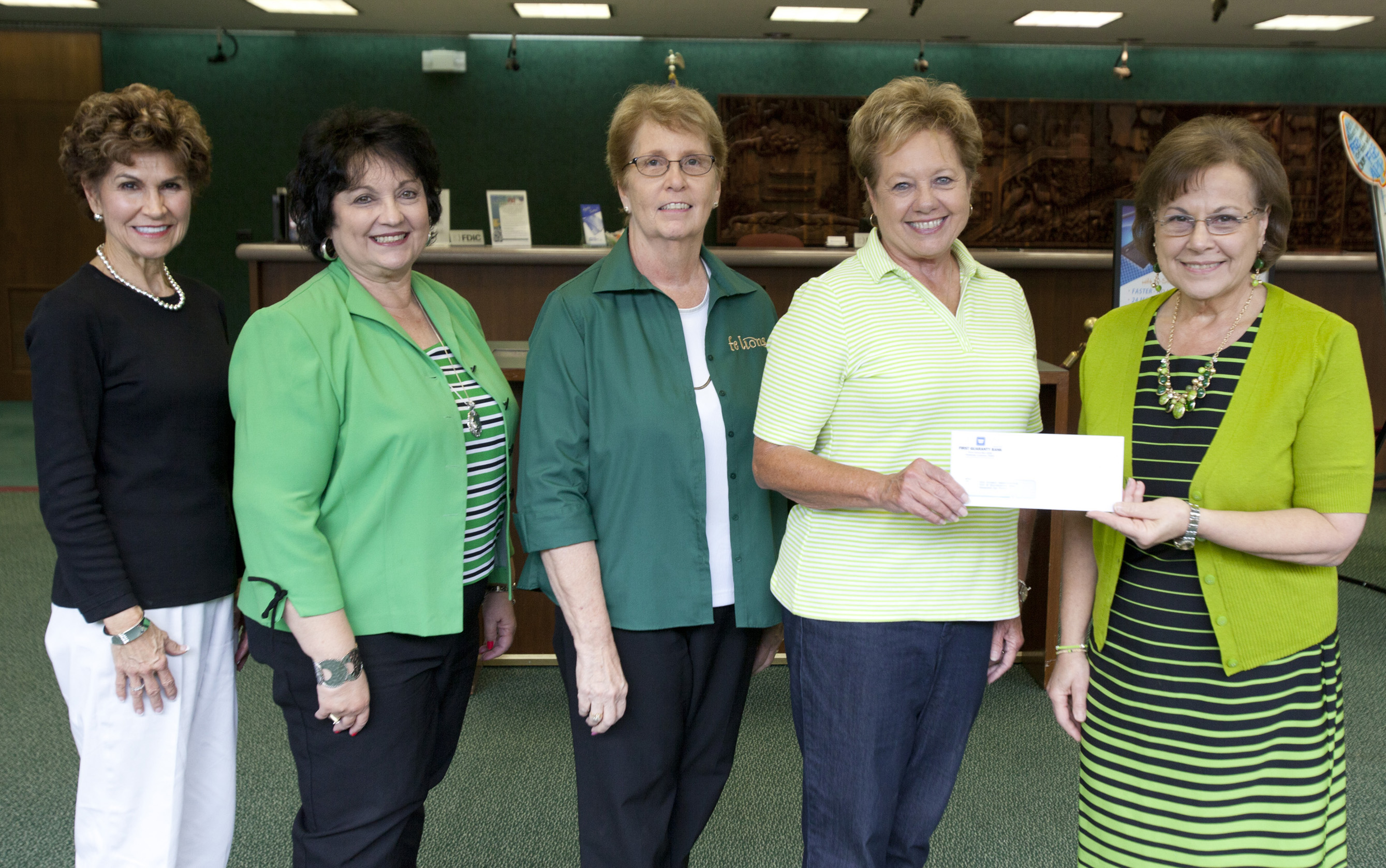 FELions receive support  from First Guaranty Bank