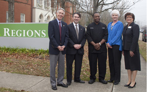 Regions Bank sponsors Chefs Evening President's Toast