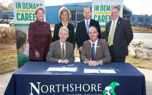Southeastern, NTCC sign agreements on pathways in business, biological sciences